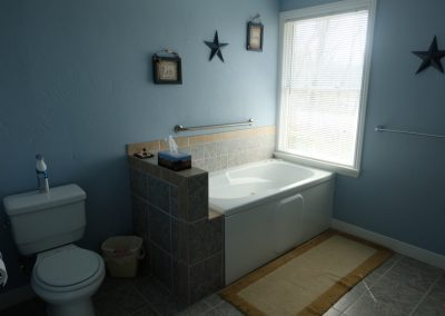 Americana Bathroom in Seams Like Home bed and breakfast