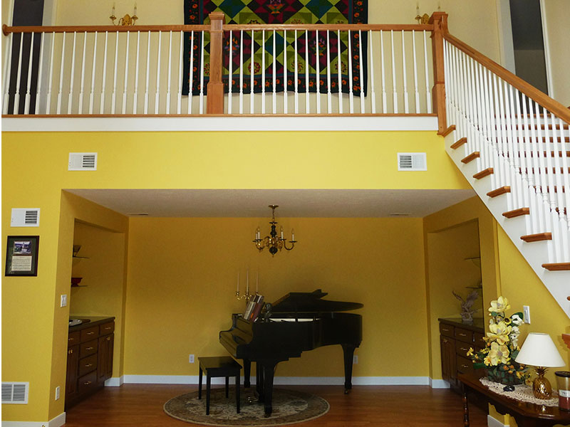 Piano and Stairs in Quilting Retreats Seams Like Home B&B